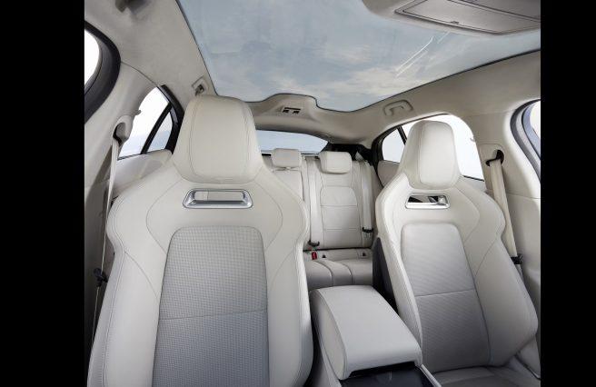 Jaguar I-Pace interior photos